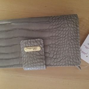 Nwt Grey Wallet Buxton Charming Charlies